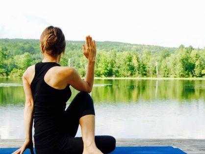 Yoga pose: Arha Matsyendrasana