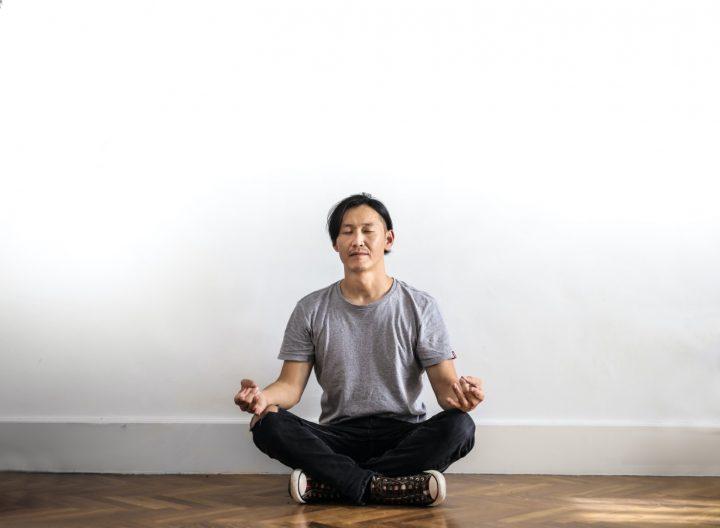 Waarom je elke ochtend zou moeten starten met yoga
