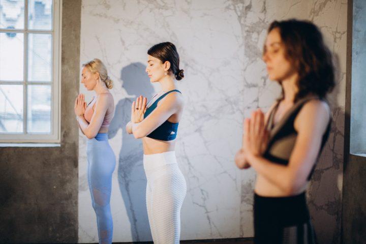 Waarom we bij yoga de Zonnegroet doen