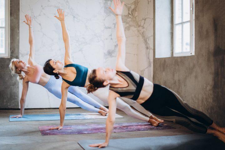 Yoga poses voor meer balans